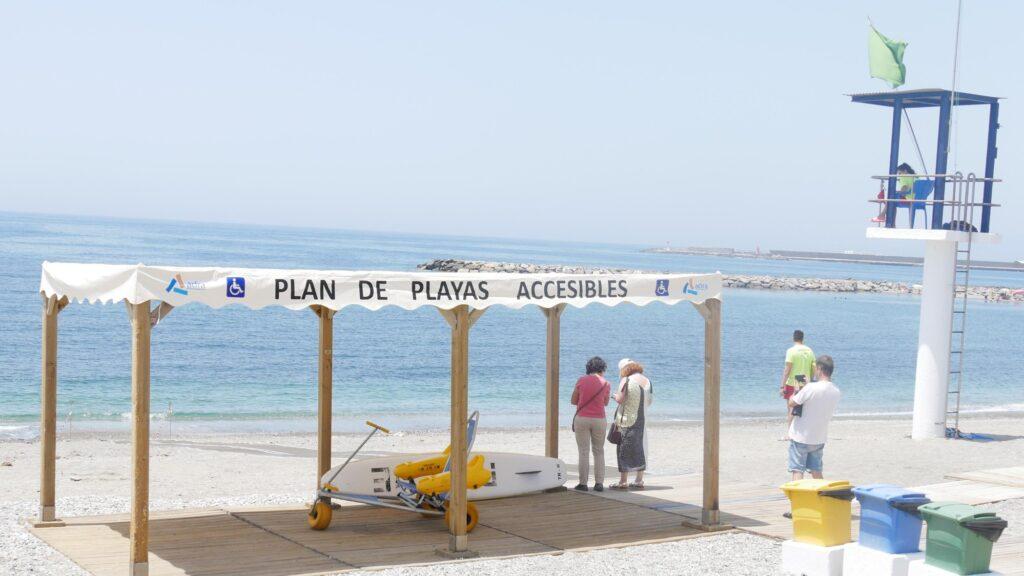 Playa accesible de Adra