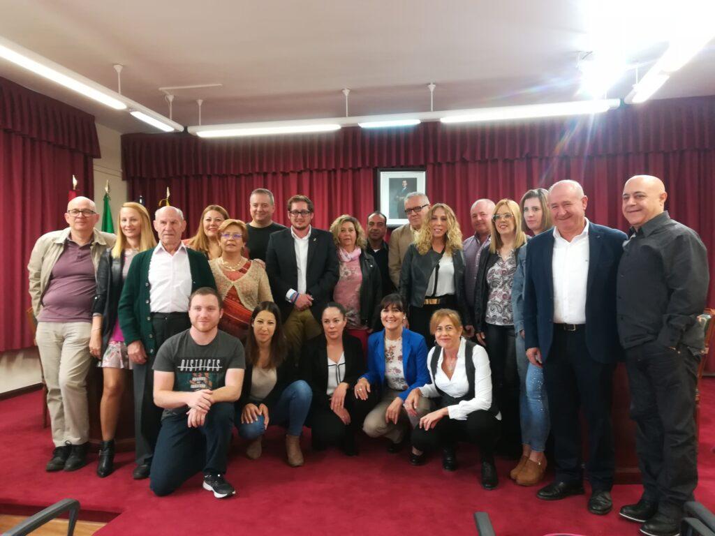 Participantes en el taller de empleo de Abrucena y autoridades.