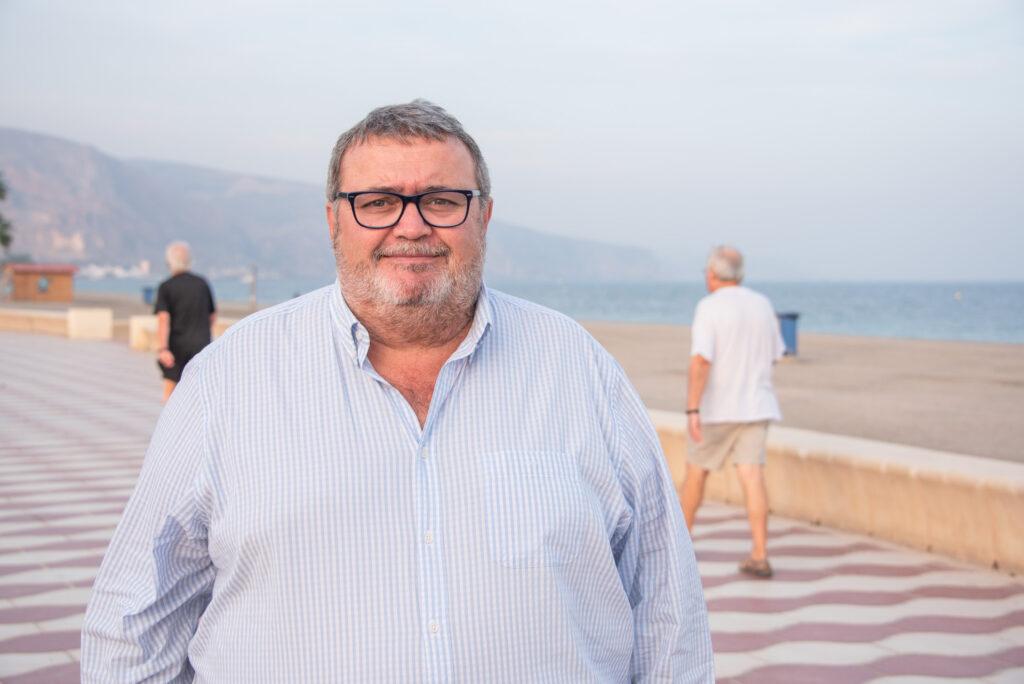 Manolo García, portavoz del PSOE en el Ayuntamiento de Roquetas de Mar.