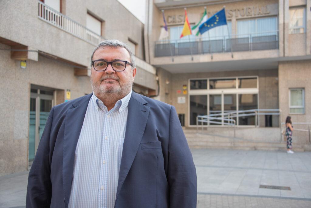 Manolo García, portavoz socialista en el Ayuntamiento de Roquetas de Mar.