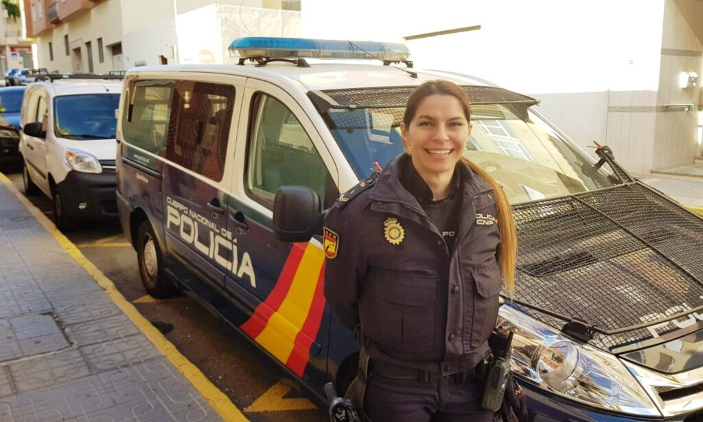 Foto de la agente de Policía Nacional, destinada en El Ejido