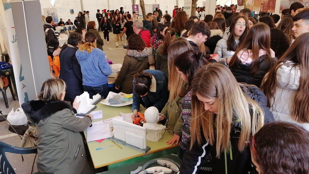 Escuela Mármol Fines en feria FP Baza febrero 2020 (4)