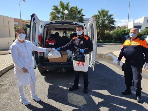 Protección civil entrega las mascarillas
