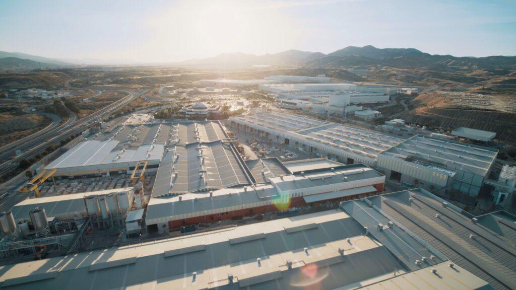 Parque industrial de Cosentino en Cantoria.