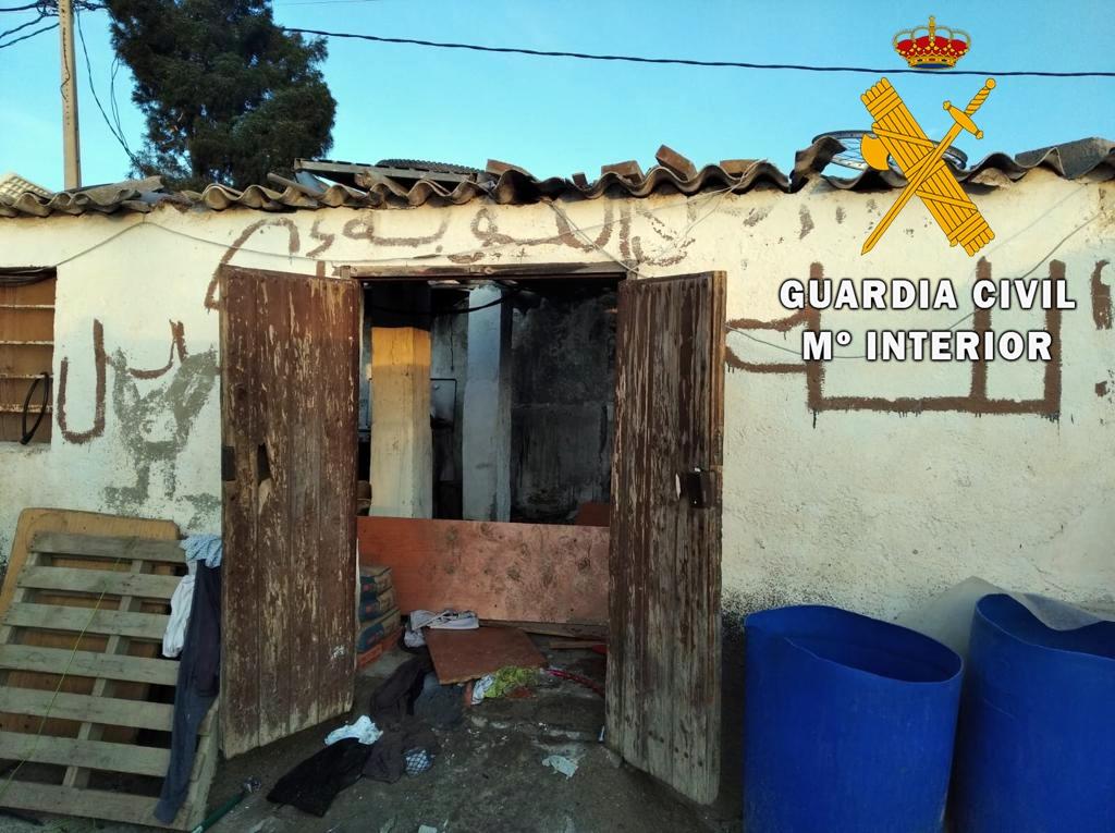 Vivienda en Níjar incendiada