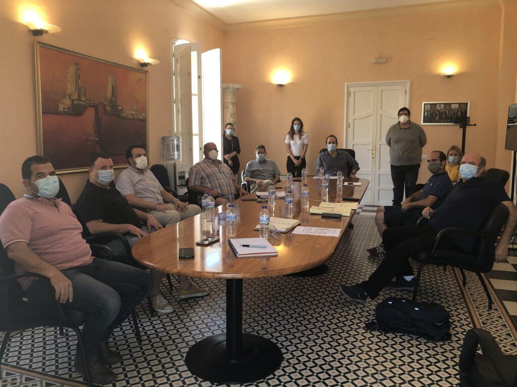 Reunión entre el Ayuntamiento de Carboneras y Asopesca.