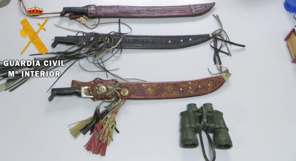Material recuperado por la Guardia Civil en Albox.
