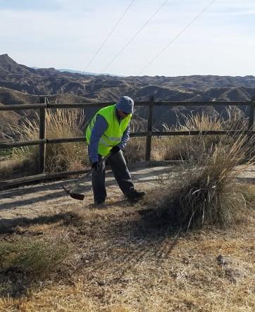 Trabajador del PFEA en Santa Fe