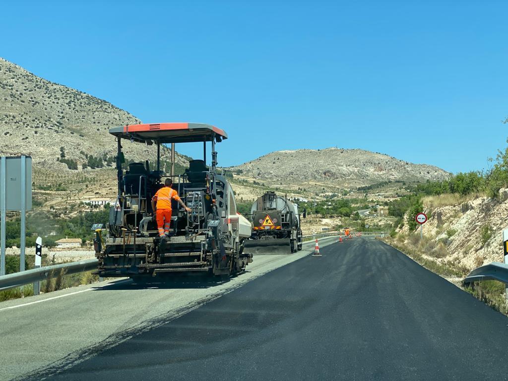 Mejoras en la carretera de Los Vélez