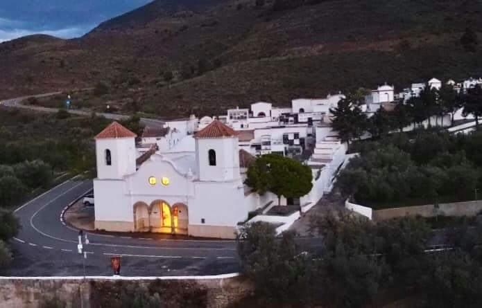 Vista del Ayuntamiento de Abla.