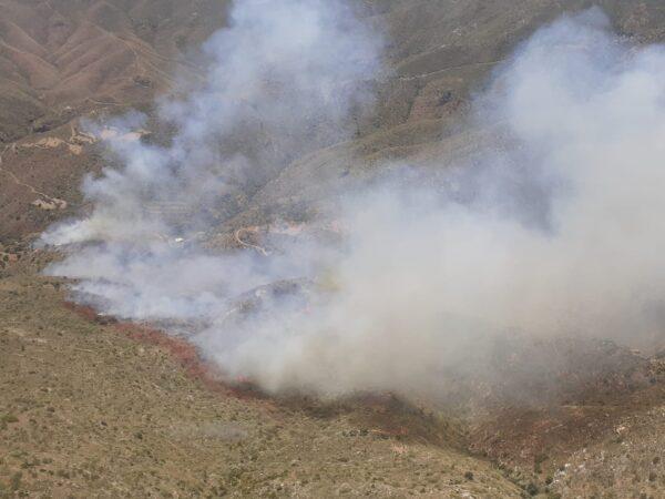 Imagen del incendio publicada por el Infoca