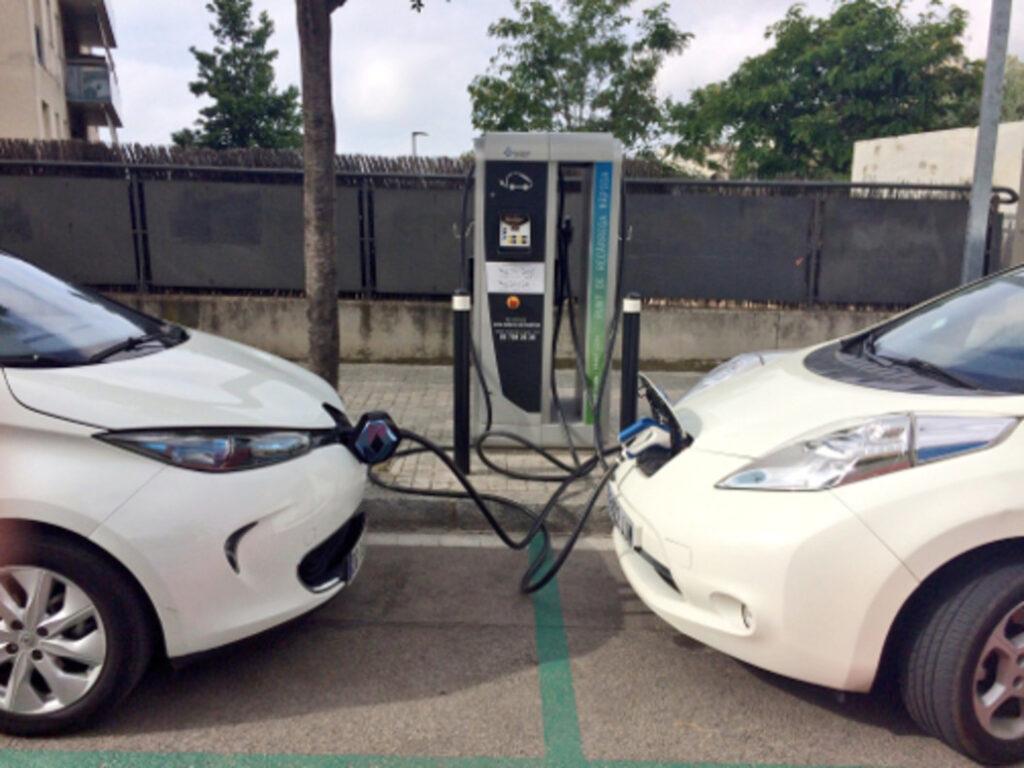 Punto de recarga de coche eléctrico