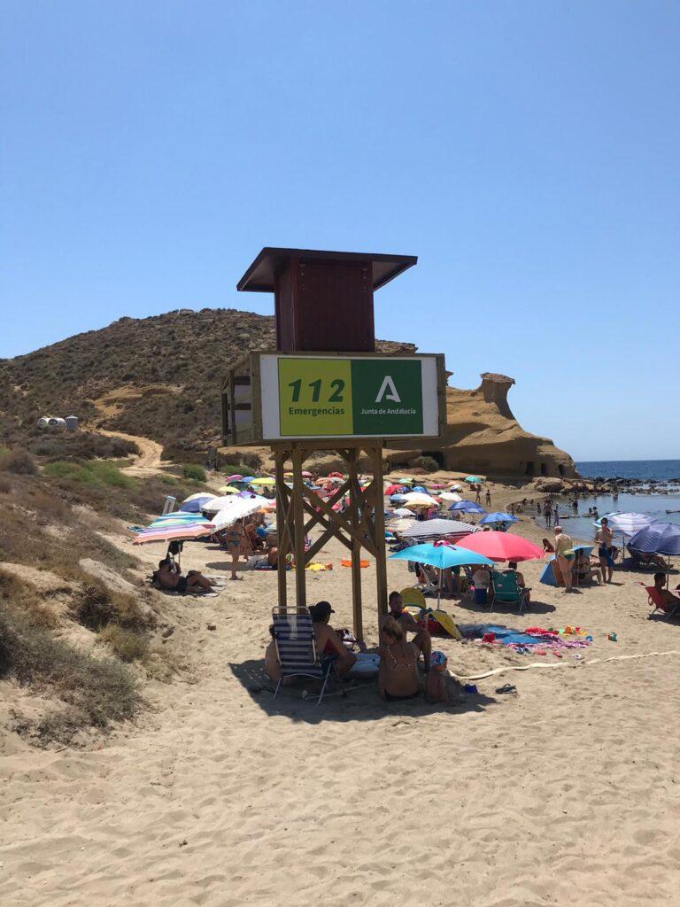 Torre de vigilancia en la playa de los Cocedores, de Pulpí.