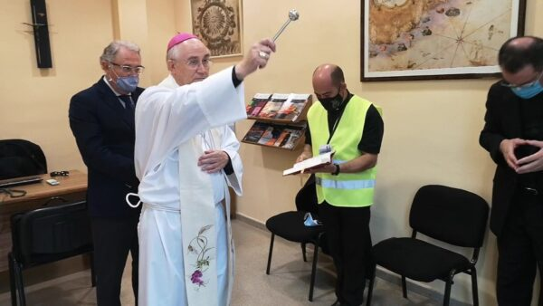El Obispo bendice Stella Maris