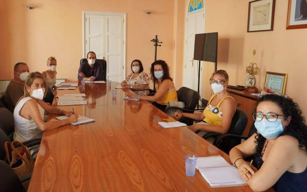 Reunión con directoras de centros de primaria e infantil