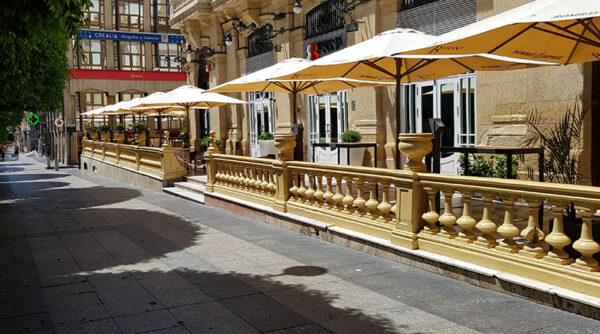 Terraza pub en Almería