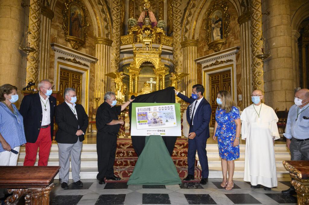 Presentación del sorteo del cupón de la ONCE dedicado a la Virgen del Mar de Almería.