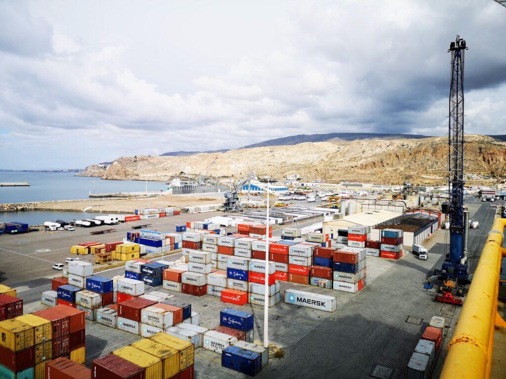 playa de contenedores_muelle de Pechina_puerto de Almería