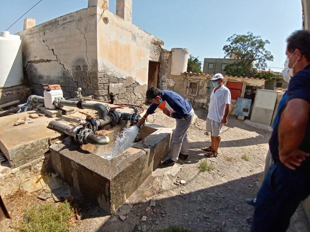 Miguel Cazorla visita la desaladora.