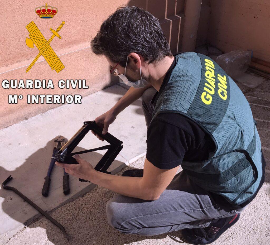 Intervención de la Guardia Civil de Roquetas de Mar.