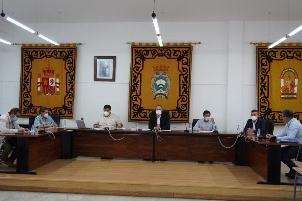 Pleno en el Ayuntamiento de Carboneras.