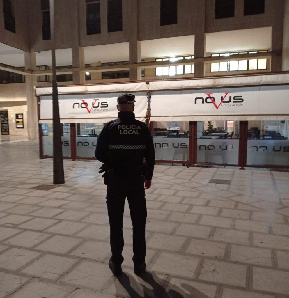 Agente de la Policía Local de El Ejido.