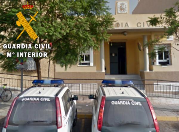 Guardia Civil en La Mojonera.
