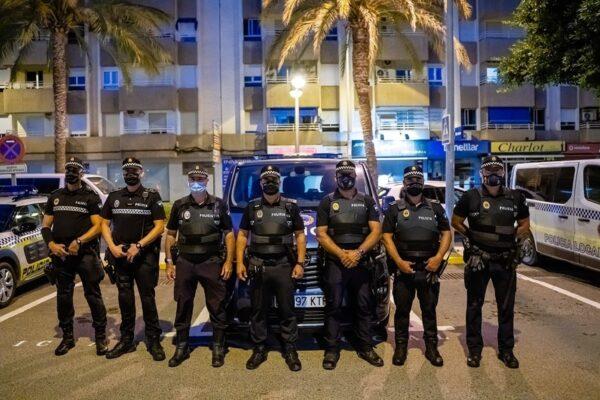Agentes de la Policía Local de Roquetas de Mar