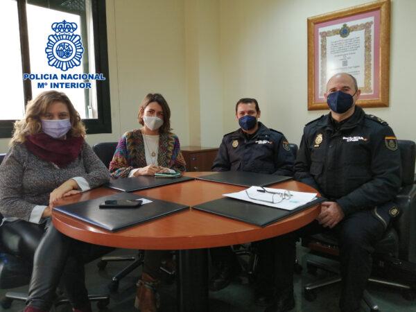 Reunión entre la Policía Nacional y la ONCE