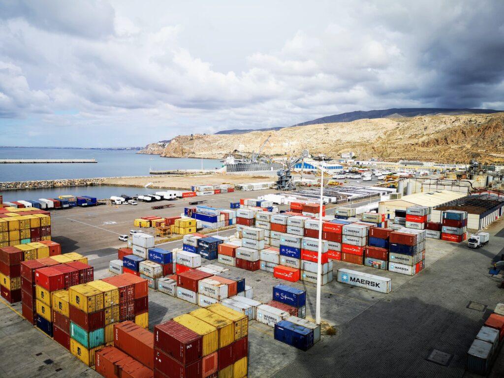 Terminal de contenedores de Almería.