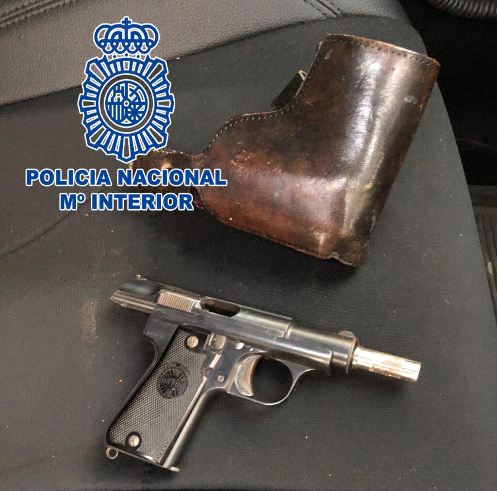 Arma intervenida.