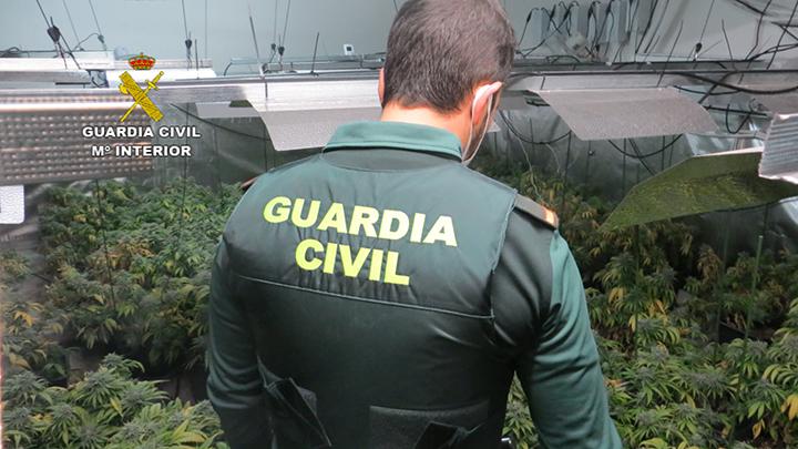 Operación policial en Huércal de Almería.