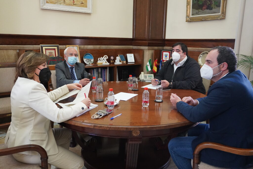 Reunión en la Subdelegación del Gobierno.