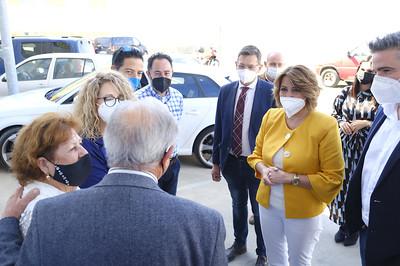 Susana Díaz en su visita a la empresa Carretillas Amate, en Viator