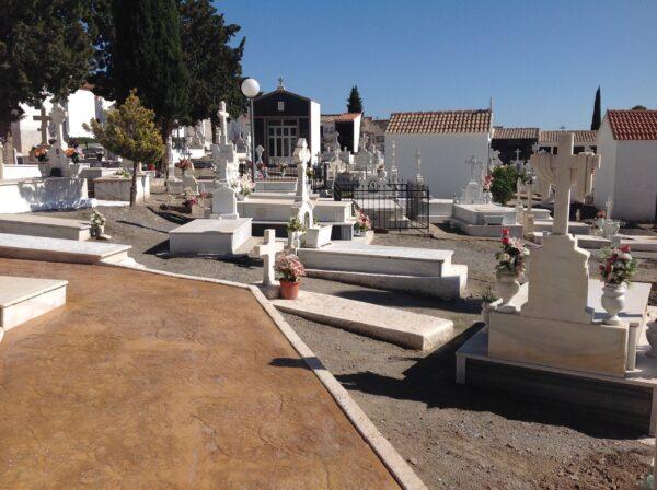 Cementerio de Cantoria