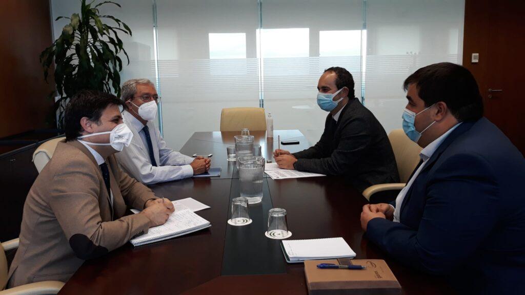Reunión alcalde y consejero de Transformación Económica