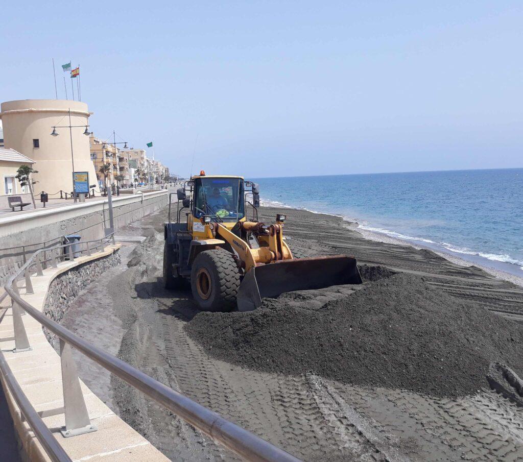 Aportación de arena en Balerma, en años anteriores.