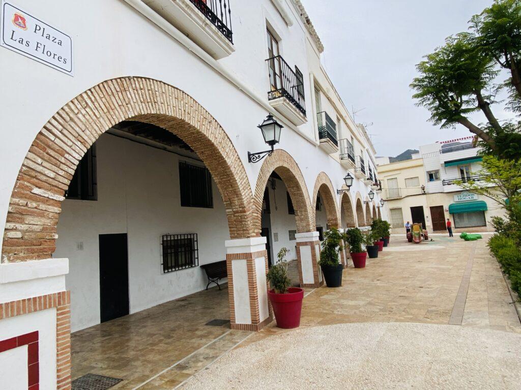 Plaza de Dalías.