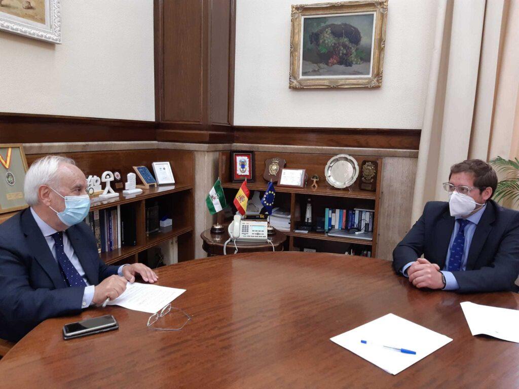 Reunión subdelegado alcalde Abrucena