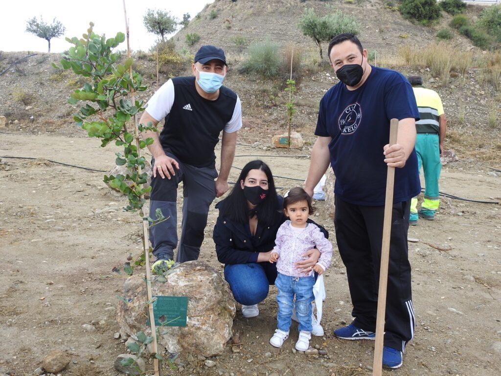 Plantación de árboles en Huércal Overa