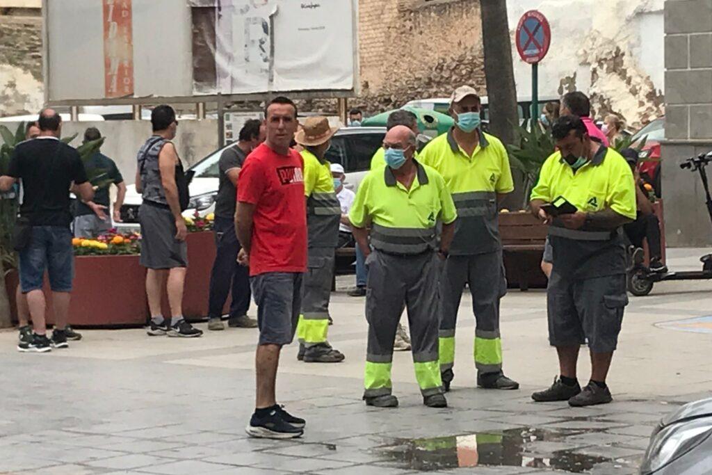 Protesta de trabajadores del Ayuntamiento de Adra