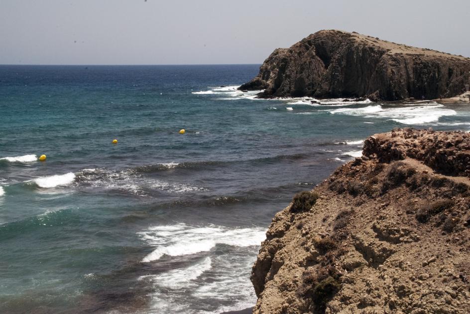 Balizas en la Isleta del Moro