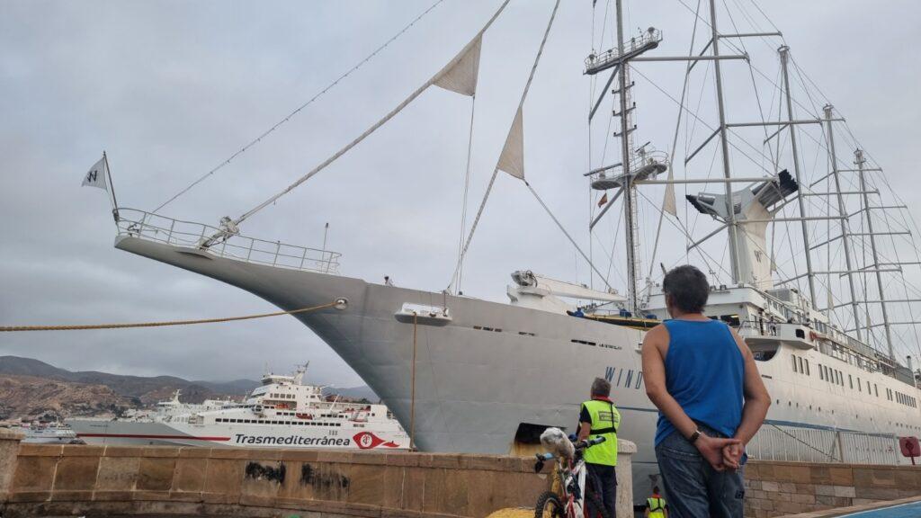 Crucero Windsurf