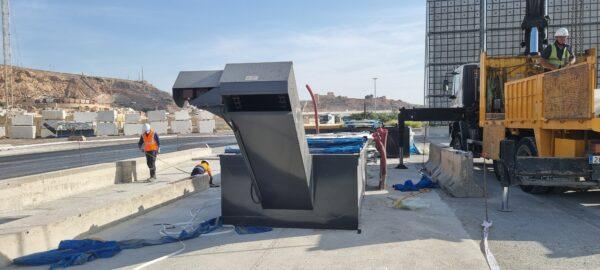 Instalación del lava-ruedas en el Puerto de Almería.