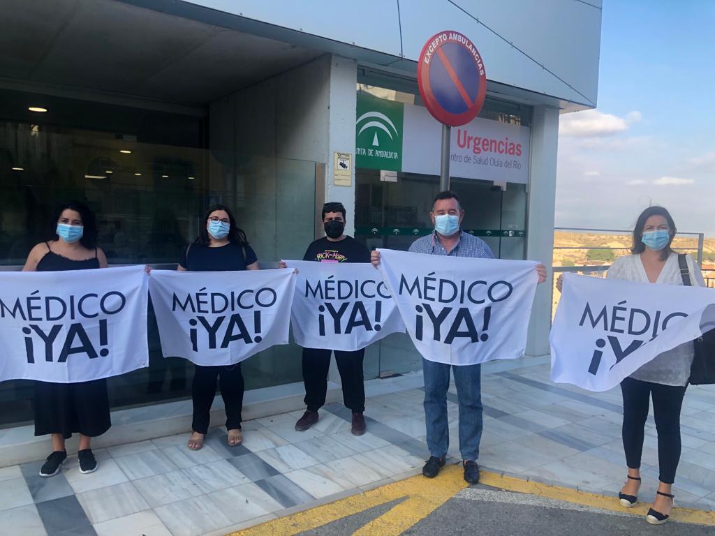 PSOE Olula frente al centro de salud