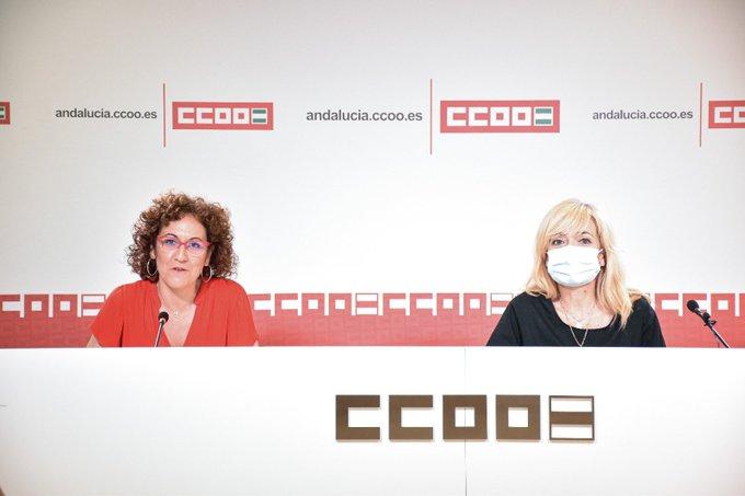 Las secretarias generales de CCOO de Andalucía, Nuria López, y de UGT Andalucía, Carmen Castilla