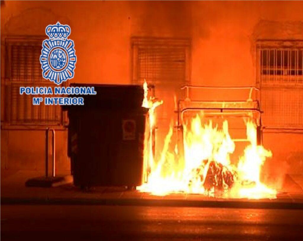 contenedor en llamas